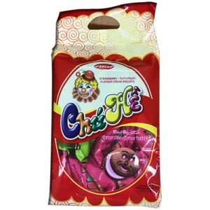 Bánh quy kem hương Dâu - Trái cây Chú Hề 320 gam